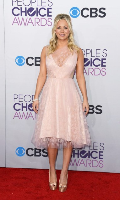 kaley-cuoco-peoples-choice-awards-20131
